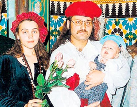 С Еленой Романовой и сыном Львом-Давидом