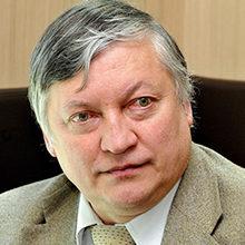 Анатолий Карпов — биография шахматиста