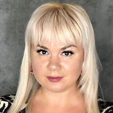 Мила Кузнецова — биография