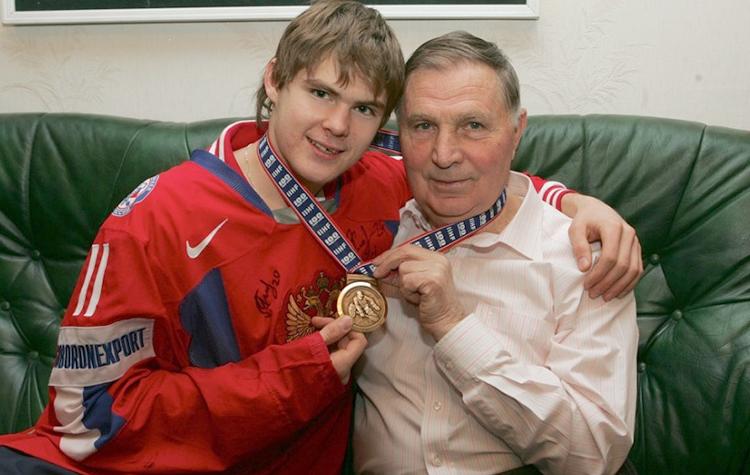 С внуком Виктором