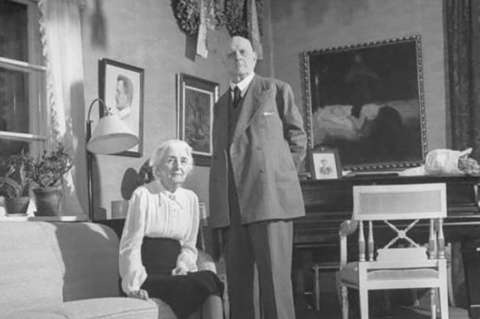 Ян Сибелиус с женой в старости