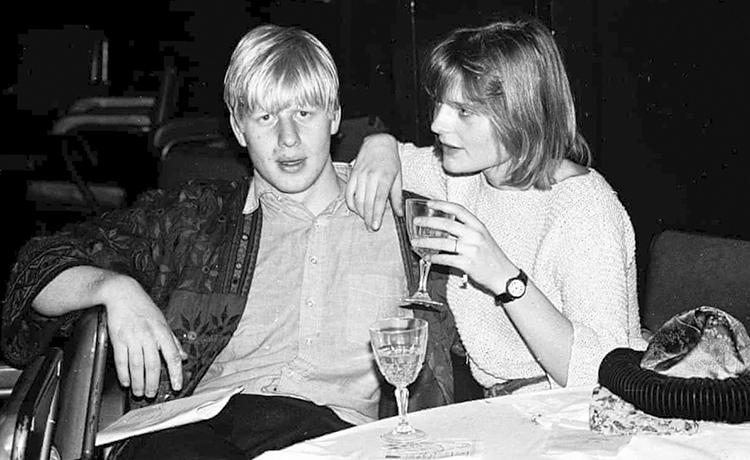 С Аллегре Мостин-Оуэн (1986)