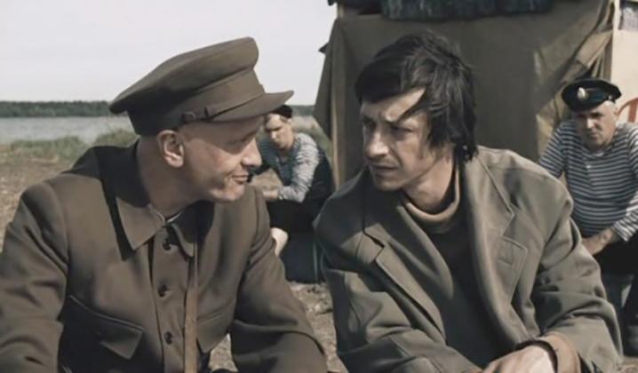 В фильме «Агитбригада «Бей врага!»» (2007)