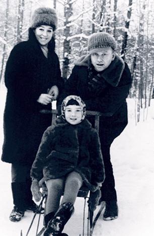 С мужем Дмитрием и дочерью Татьяной