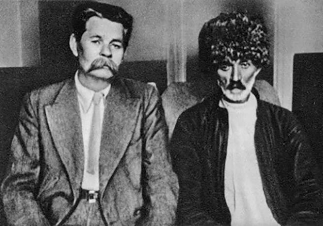 Сулейман Стальский на встрече с Максимом Горьким