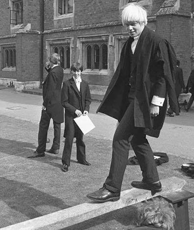 Борис Джонсон в «Итонском колледже» (1979)