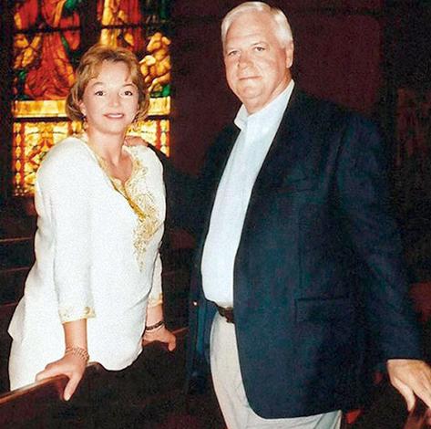 С мужем Джеймсом