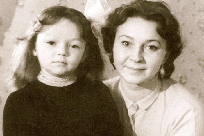 Раиса Этуш с мамой