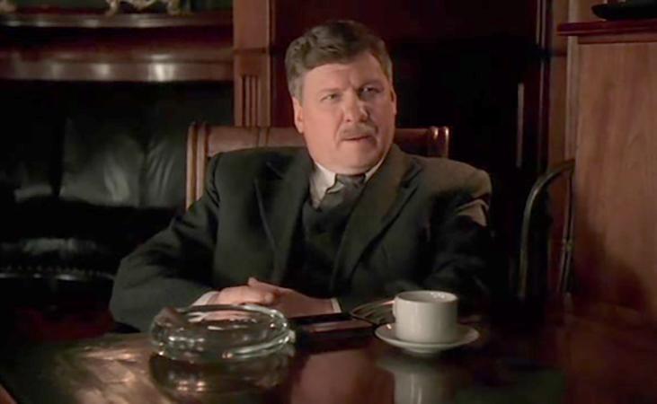 В детективном сериале «Ниро Вульф и Арчи Гудвин» (2001)