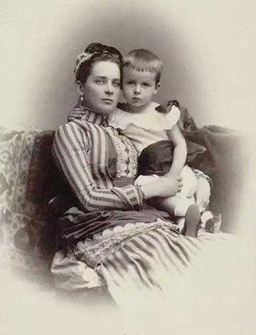 Зинаида Ивановна с сыном Николаем