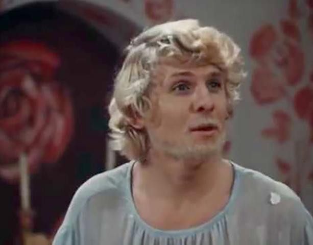 В фильме «Умные вещи» (1973)