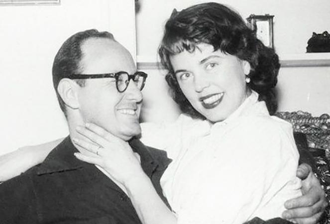 С женой Джоан