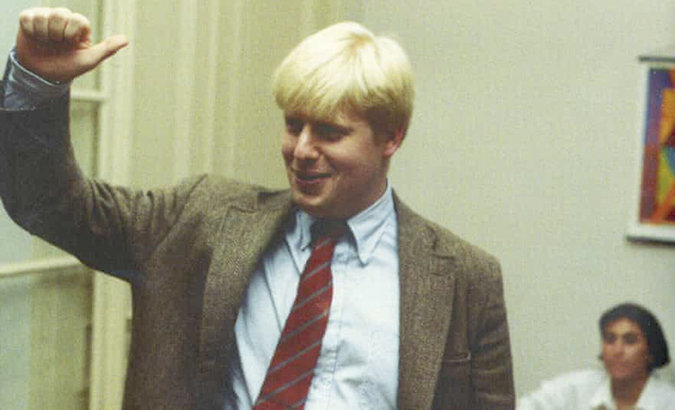Борис Джонсон на домашней вечеринке в Брюсселе в 1990 году, когда он работал корреспондентом Daily Telegraph