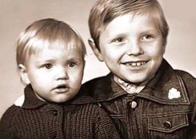 Павел Харланчук (слева) с братом
