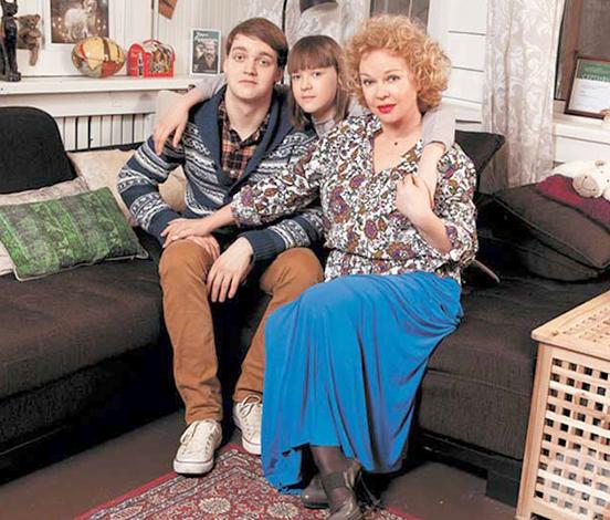 С детьми Марией и Василием