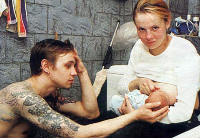 С женой Анжеликой и дочерью Евой
