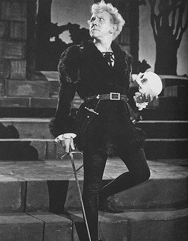 Михаил Чехов в постановке «Гамлет»
