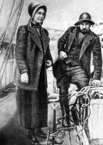 "Владимир Русанов и Жюльетта Жан-Сессин на борту ""Геркулеса"""