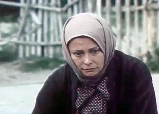 В фильме «Хлеб – имя существительное» (1988)