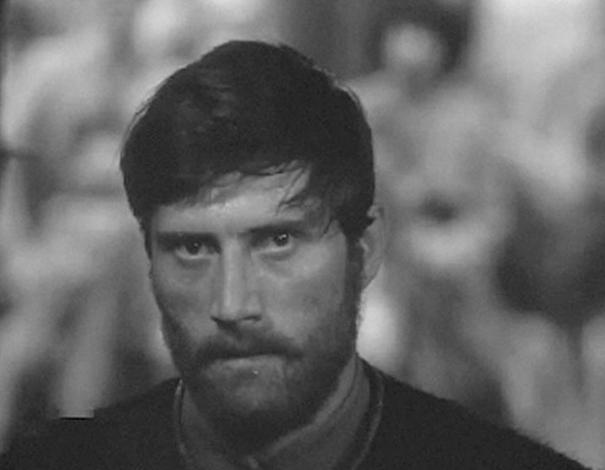 Михаил Голубович в молодости, в фильме «Комиссары» (1969)