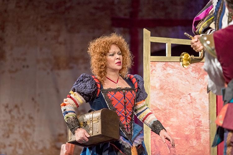 В спектакле «Любимая женщина Дон Жуана»