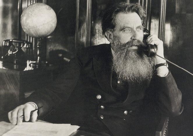 Отто Шмидт в 1936 г. (начальник Главсевморпути)