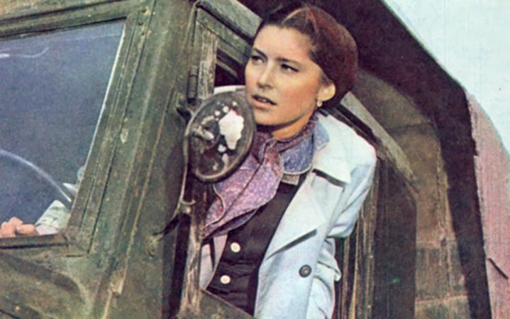 В драме «Сибирячка» (1972)