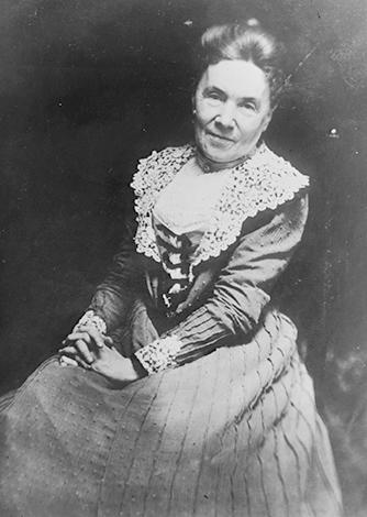 Жена — Лора Селестия Спелман