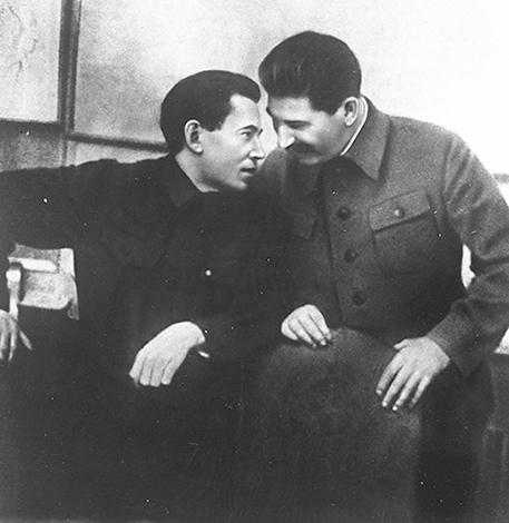 Ежов и Сталин