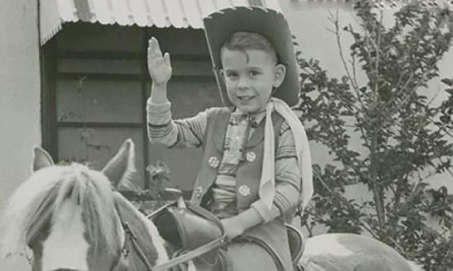 Тим Бёртон в детстве