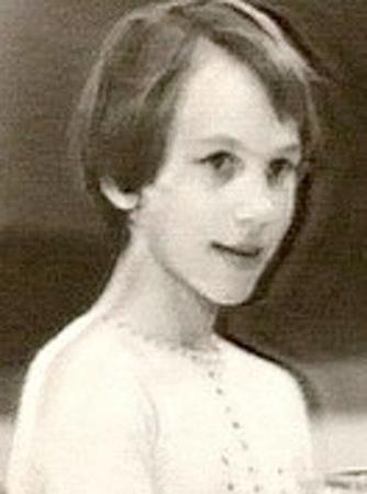 Кира Иванова в юности